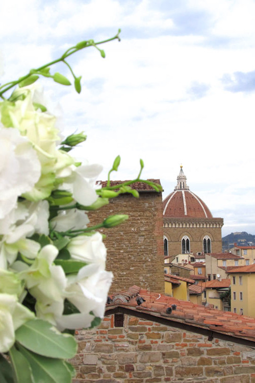 Stylish & Modern Wedding in Florence