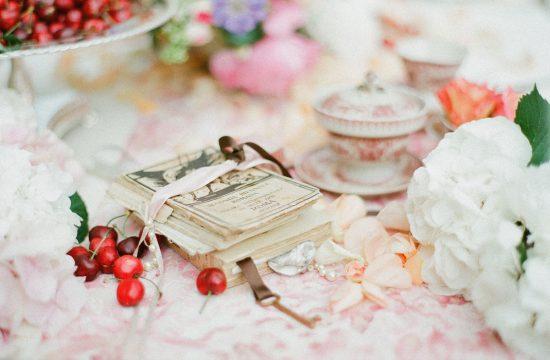 petals wedding decor
