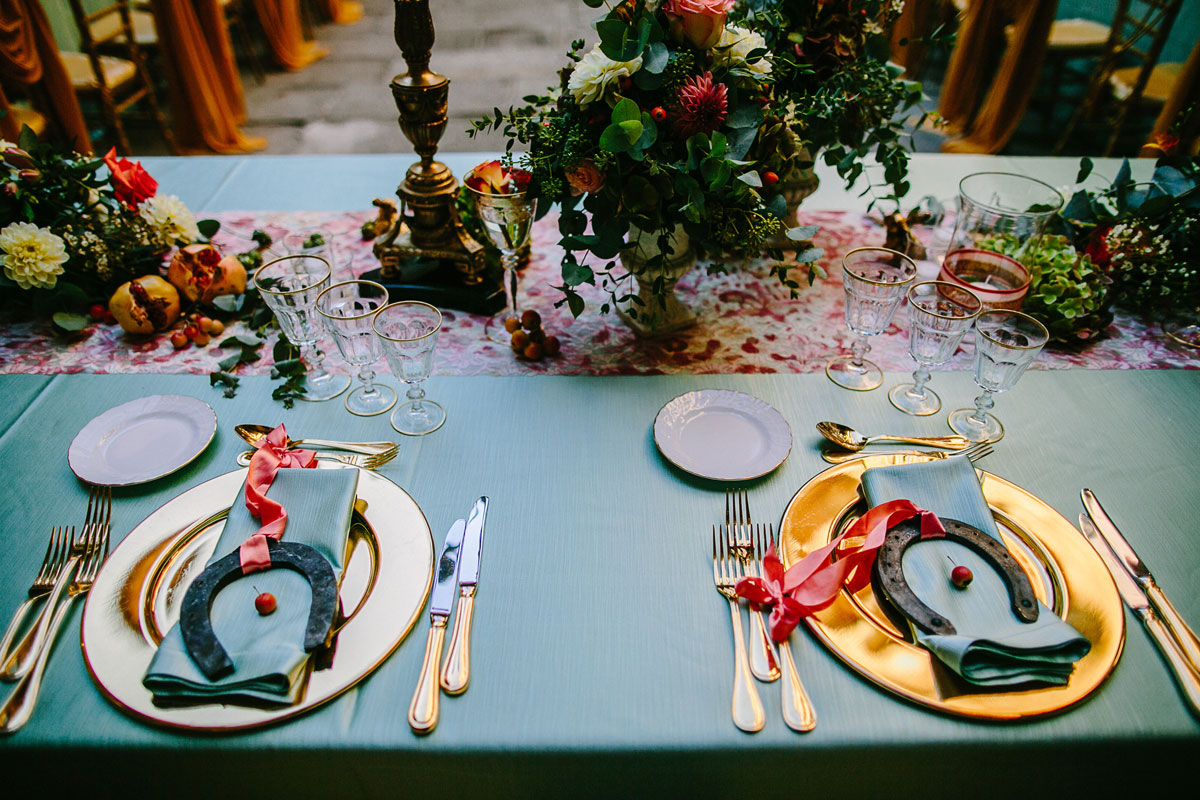 bride-&-groom-place-setting