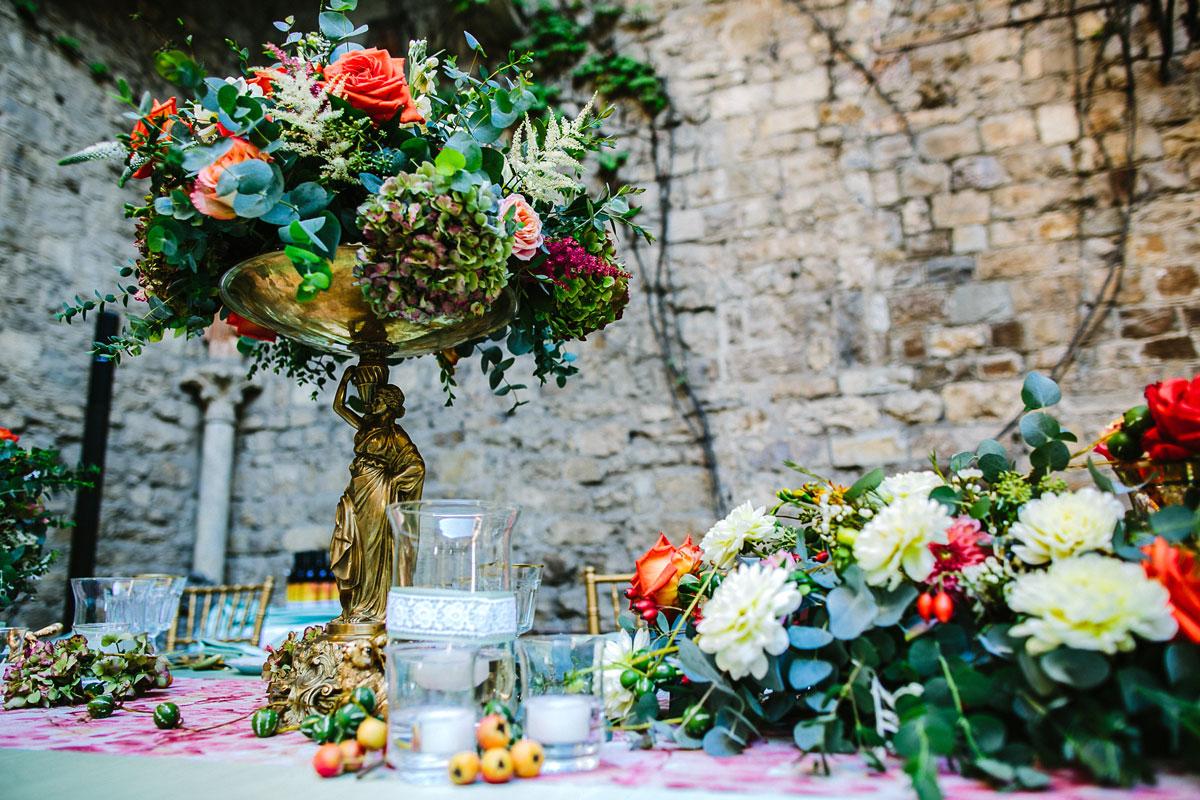 coral mint vintage wedding decor