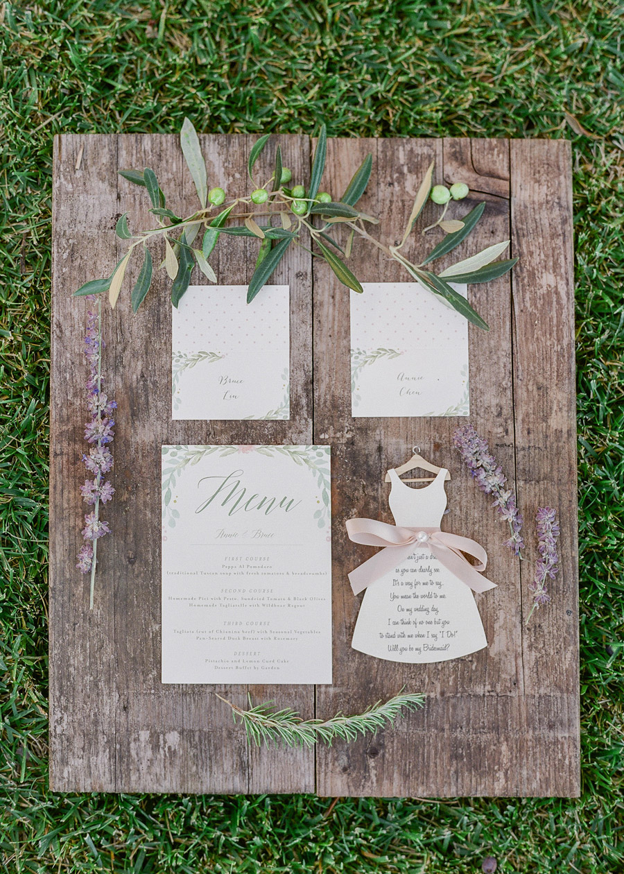 tuscan vibe decor stationery