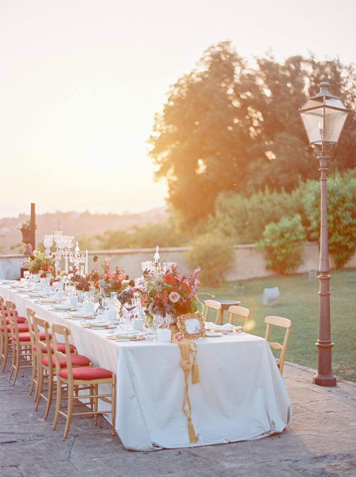 weddings table setting in Florence